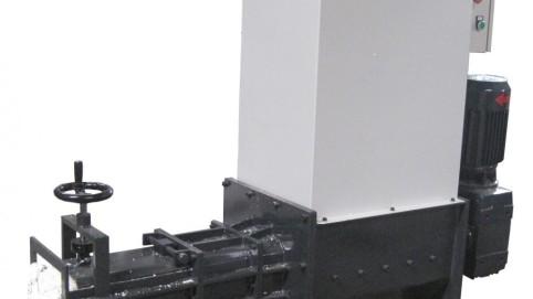 COMPACTADOR DE EPS (POLIESTIRENO) Modelo SP130, Produccion 15-20 Kg/h