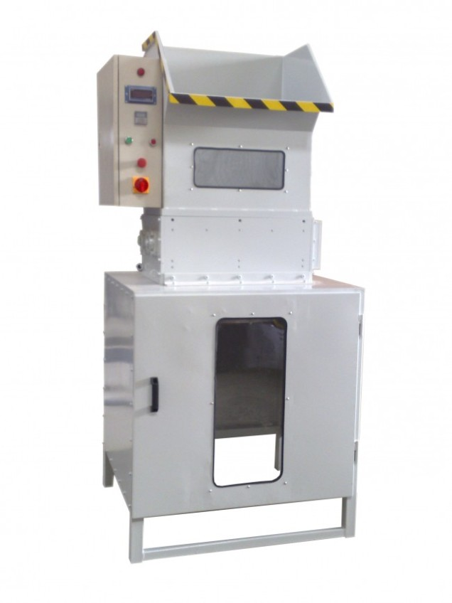 SHREDDING MACHINE FOR POLYSTYRENE WASTE EPS Mod. FS430, Output kg/h 360